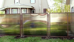Делаем надежный забор из полимера