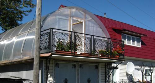 Крыша дома из полимера