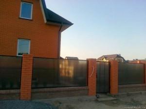 Строим самостоятельно полимерный забор