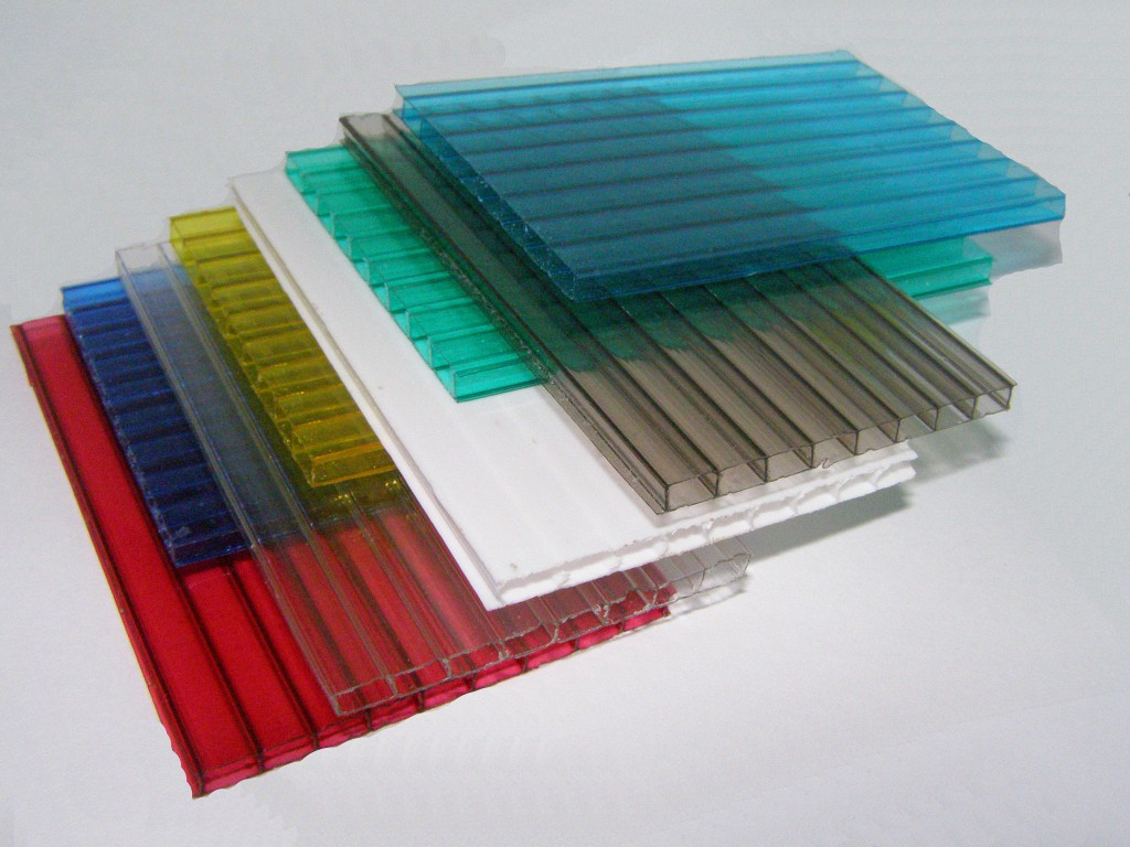 Разноцветные листы пористого поликарбоната