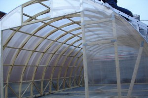 Создаем крышу из полимера на теплице