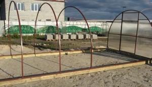 Учимся крепить поликарбонат к металлической конструкции