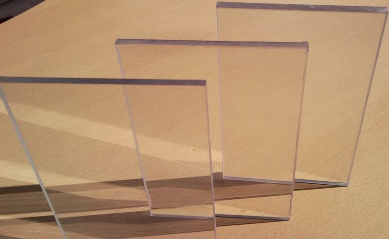 Листы стекол из полимера