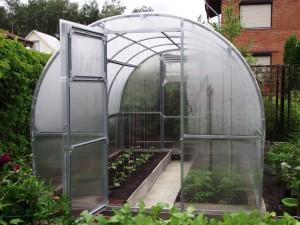Комплектующие для постройки поликарбонатной теплицы