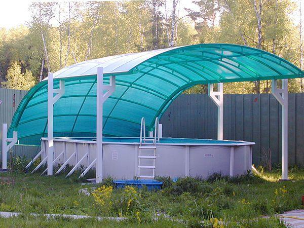 Бассейн с поликарбонатным павильоном