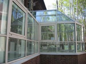 Поликарбонатные окна на веранде