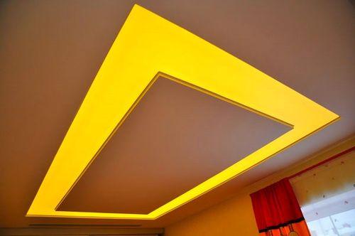Поликарбонатный потолок в квартире