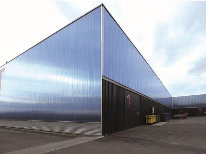 Фасад из полимерных листов