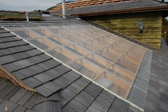 Крыша из волнистого полимера
