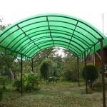 Навес из зеленого поликарбоната