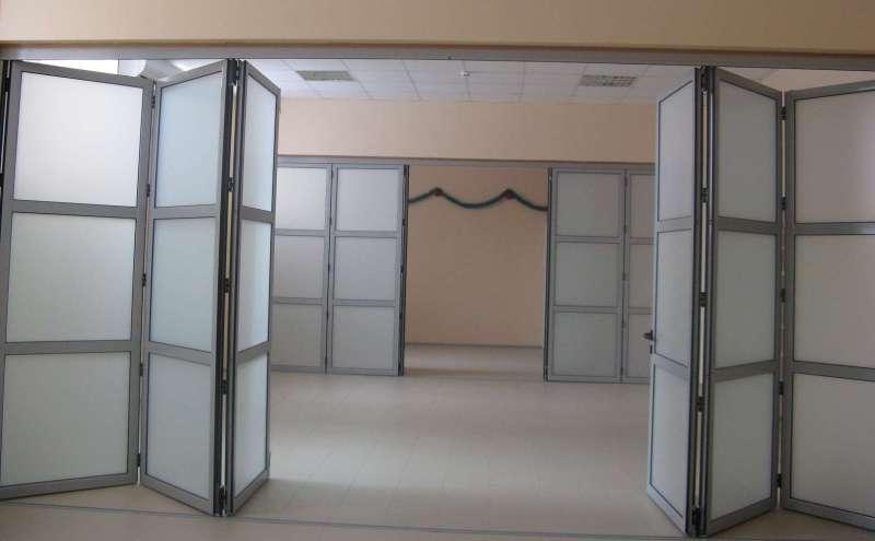 Раздвижные полимерные двери