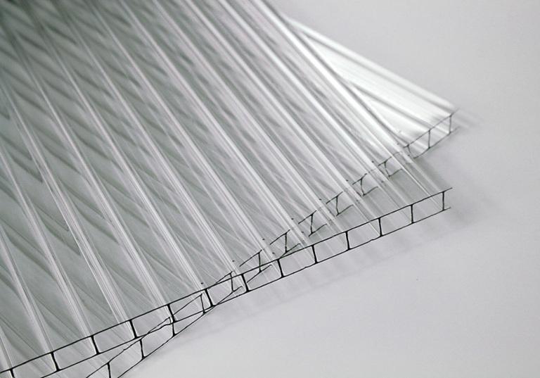 Прозрачные поликарбонатные пластины